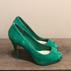 Nine West Green Peep Toe Heels